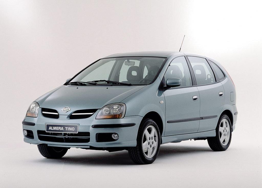 Обзор подержанных Nissan Almera Tino 2000-2005